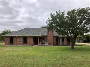 805 Winding Creek Trl, Oak Leaf, TX 75154