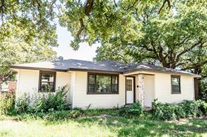 401 Montague St, Nocona, TX 76255