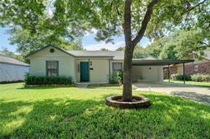 1217 Churchill Rd, River Oaks, TX 76114