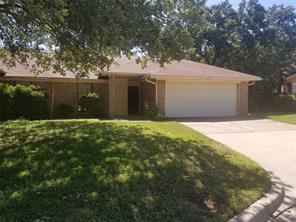 2202 Oak Hill, Arlington, TX, 76006