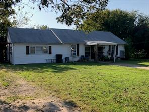 105 Wright, BARRY TX 75102