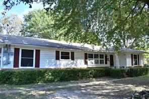 1011 Alabama St, Sulphur Springs, TX 75482