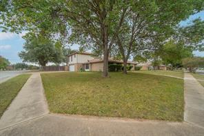 1112 Meadowview Dr, Euless, TX 76039