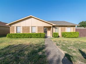 4125 Blackwillow Dr, Mesquite, TX 75150