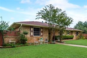 869 Oakbluff, Lancaster, TX, 75146