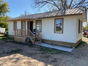 1002 College, Comanche, TX, 76442