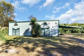 863 Oak Leaf Trl, East Tawakoni, TX 75472