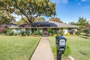 1705 Prestonwood, Arlington, TX, 76012