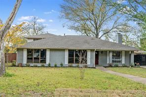 225 Woodhaven Dr, Desoto, TX 75115