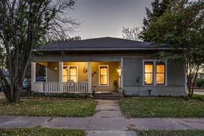 909 Mckinney, Ennis, TX, 75119