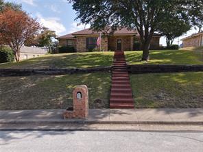 904 Forest Glen Dr, Desoto, TX 75115