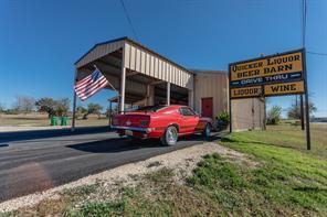 102 E Barry St, Walnut Springs, TX 76690