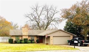 312 Fairfield St, Gainesville, TX 76240
