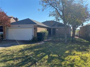 829 Country Club, Grand Prairie, TX, 75052
