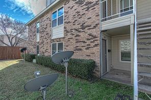 2200 Trinity Mills, Carrollton, TX, 75006