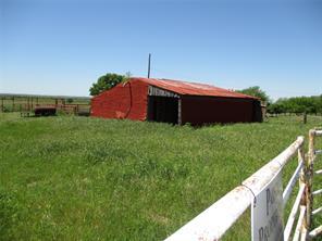W 10 Whitaker Rd, Henrietta TX 76365
