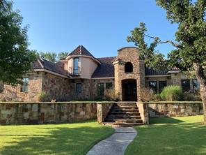 117 Country Club Dr, Graham, TX 76450