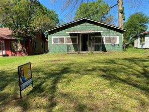 125 Fulton, Jacksonville TX 75766