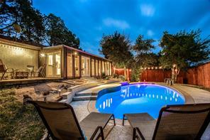 1604 Shadow Hill Dr, Fort Worth, TX 76112