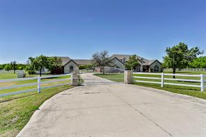 13537 Willow Creek Dr, Haslet, TX 76052