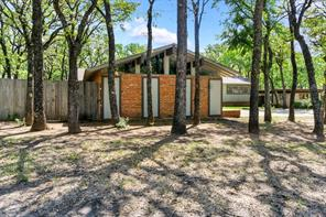 6421 Yorkshire Dr, Forest Hill, TX 76119