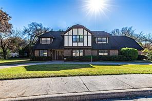 906 Thistle Green, Duncanville TX 75137