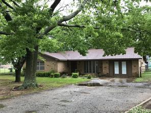 315 Hickory St, Lindsay, TX 76250
