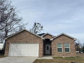 2202 Jones St, Greenville, TX 75401