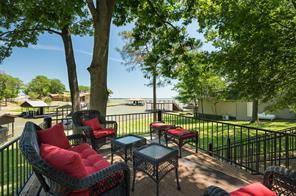 105 Oak Creek, Tool, TX, 75143