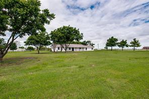 1959 Trent Rd, Krum, TX 76249