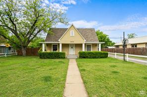 1203 8th, brownwood TX 76801