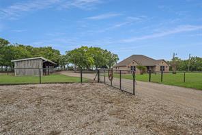 339 Private Road 2698, Alvord, TX 76225