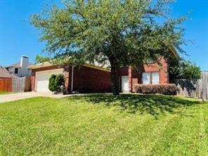 2430 Whispering Creek, Arlington TX 76018