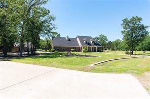 4275 Timber Creek Ln E, Greenville, TX 75402