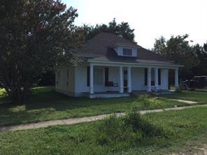 611 N College Ave, Dawson, TX 76639
