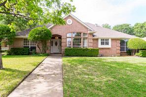 921 Oakwood, Hurst TX 76053