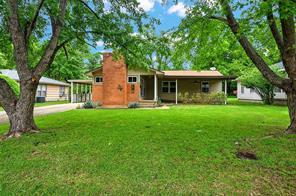 1107 W College St, Sherman, TX 75092