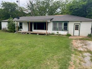 303 Hughes, Rio Vista TX 76093