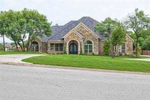101 Silver Hill Ct, Lakeside, TX 76108