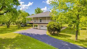 411 N Lazy Bend Estates Rd, Millsap, TX 76066