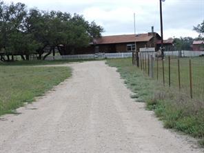 281 CR 118, Mullin, TX, 76864