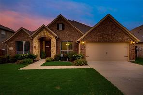 1104 Newchester Dr, Roanoke, TX 76262