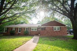 2655 Mimosa Park Dr, Richland Hills, TX 76118