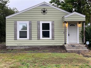 8325 Sussex St, White Settlement, TX 76108