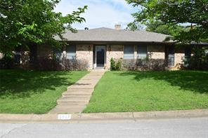 5917 Sycamore Creek Rd, Edgecliff Village, TX 76134