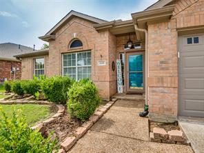 1608 Meadowview Dr, Corinth, TX 76210