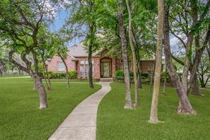 133 Oakwood Ct, Lakeside, TX 76135