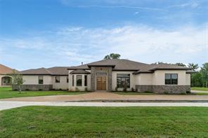 2915 Koscher Dr, Grand Prairie, TX 75104