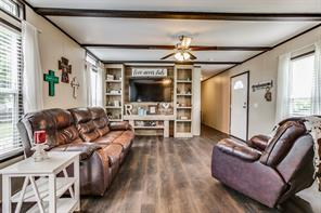 104 N Sinclair Ave, Kerens, TX 75144