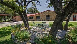 161 Lone Tree Rd, Jacksboro, TX 76458
